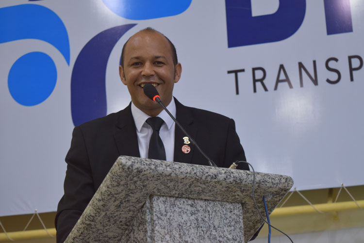 Após romper com prefeito de Brumado, Elias Piau anuncia apoio a pré-candidatura de Fabrício Abrantes
