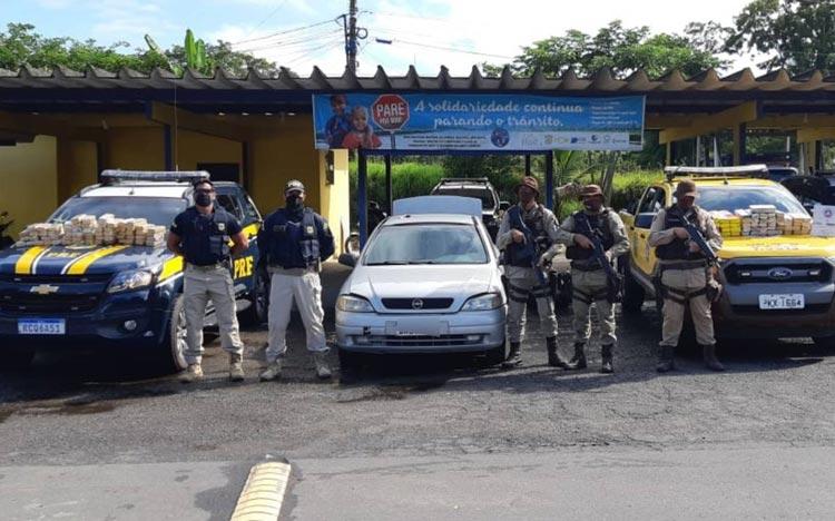 Casal é preso com cerca de 80 kg de maconha em carro no sul da Bahia