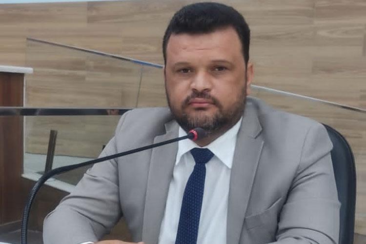 Amarildo Bomfim indica adequações na enfermaria pediátrica do Hospital de Brumado