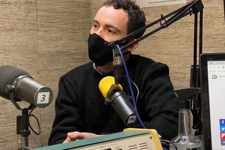 'Prefeito de Brumado perdeu a capacidade de ouvir as pessoas', diz Fabrício Abrantes em entrevista à Brasil FM