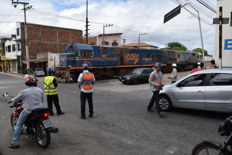 Ferrovia Centro Atlântica promove blitz preventiva em Brumado