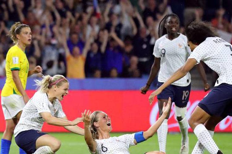 França elimina o Brasil da Copa do Mundo de Futebol Feminina