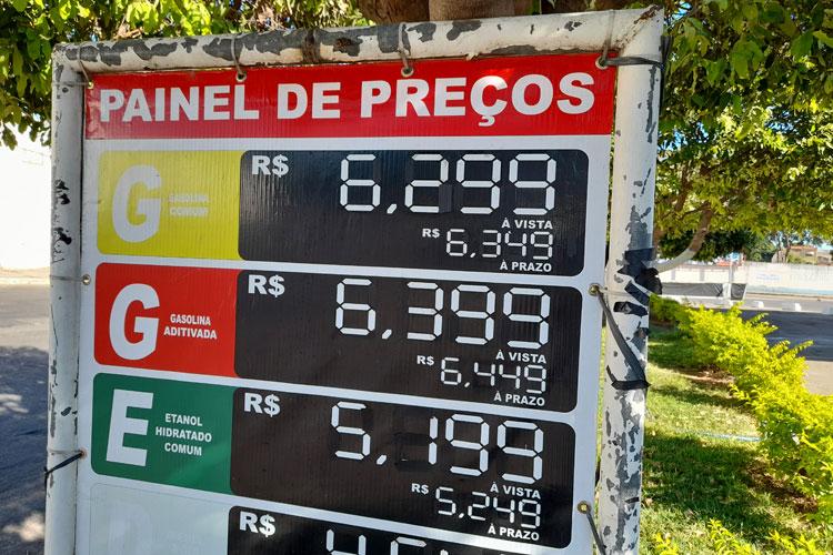 Gasolina chega a R$ 6,299 e consumidor não vê concorrência de preços em Brumado