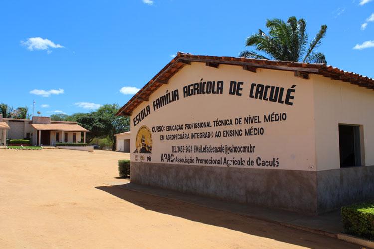 Caculé: Vídeo produzido pela Escola Agrícola vence concurso e recebe curso de Plantas Medicinais