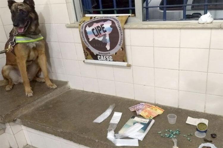 Cipe Sudoeste apreende cocaína e crack no Bairro São Jorge em Brumado