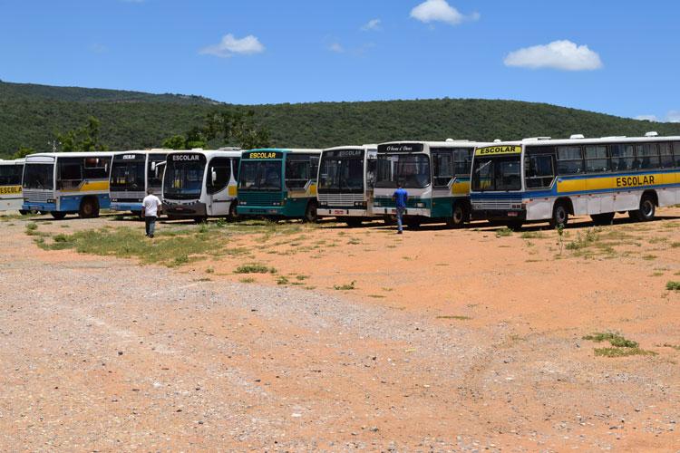 Transporte público escolar poderá ser interrompido na próxima semana em Brumado