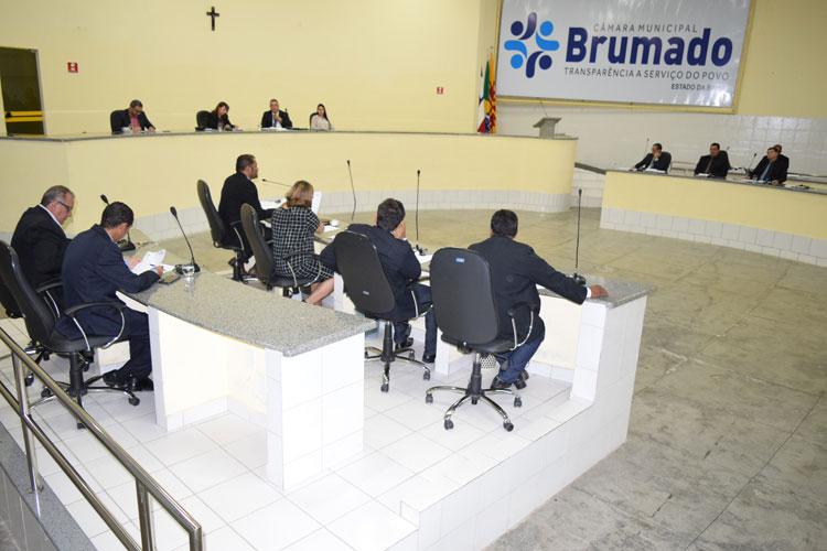 Vereadores brumadenses se posicionam favoráveis à greve dos caminhoneiros