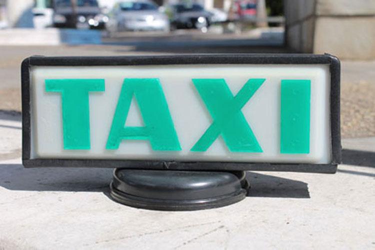 Brumado: Superintendência Municipal de Trânsito realiza curso técnico para taxistas