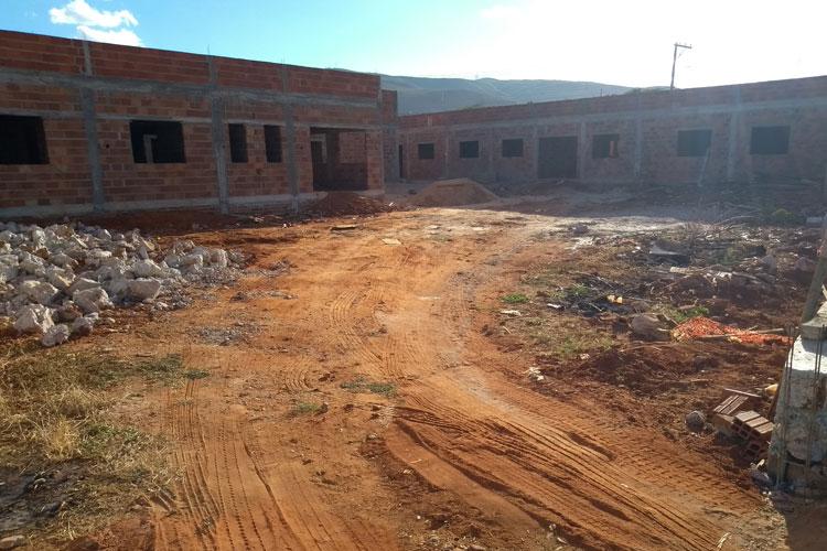 Brumado cumpre sua parte na permuta com construção da base do Núcleo Regional de Saúde