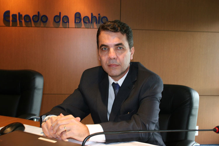 Plínio Carneiro eleito presidente do TCM-BA