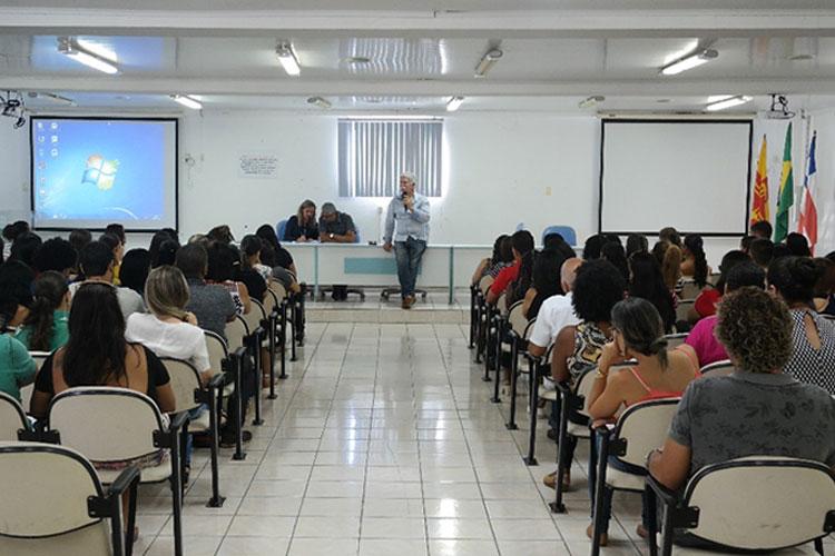 Prefeito de Brumado recepciona novos professores da rede pública municipal