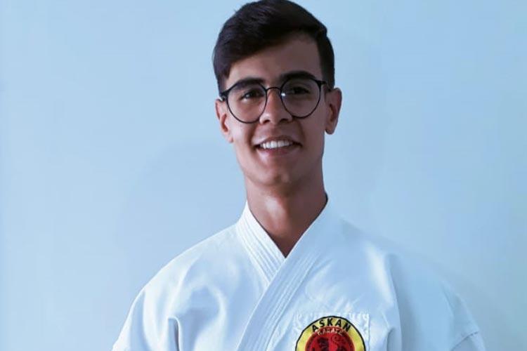 Karateca de Brumado representará a Bahia em torneio nacional que ocorrerá em Salvador