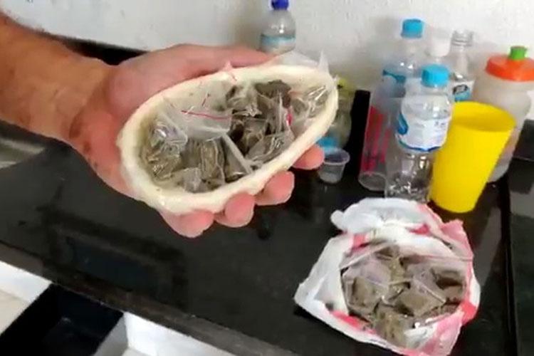 Mulher é presa com ovo de páscoa recheado com maconha