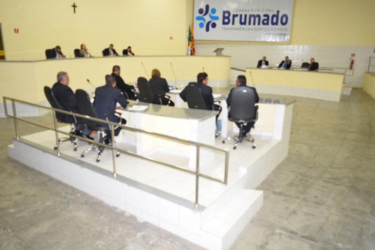 Câmara aprova projeto que credencia o prefeito a contratar servidores da saúde de Brumado