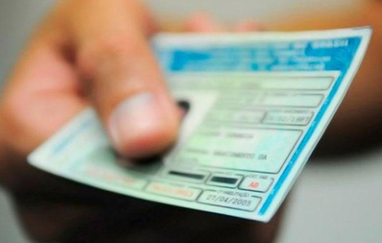 Revogada norma que mudava regras para renovação da CNH
