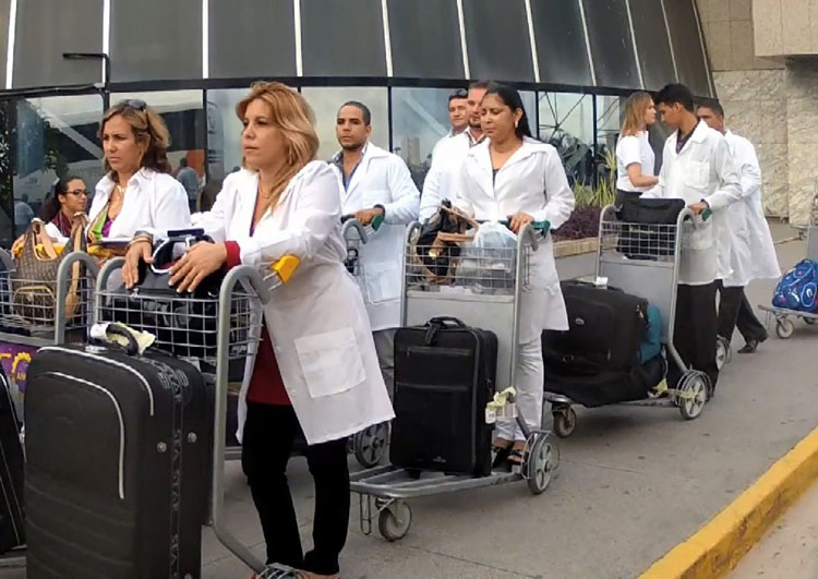 Cuba abandona Mais Médicos após declarações de Bolsonaro