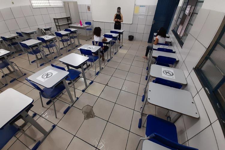 Boicote parcial no primeiro dia de retorno às aulas presenciais em Brumado