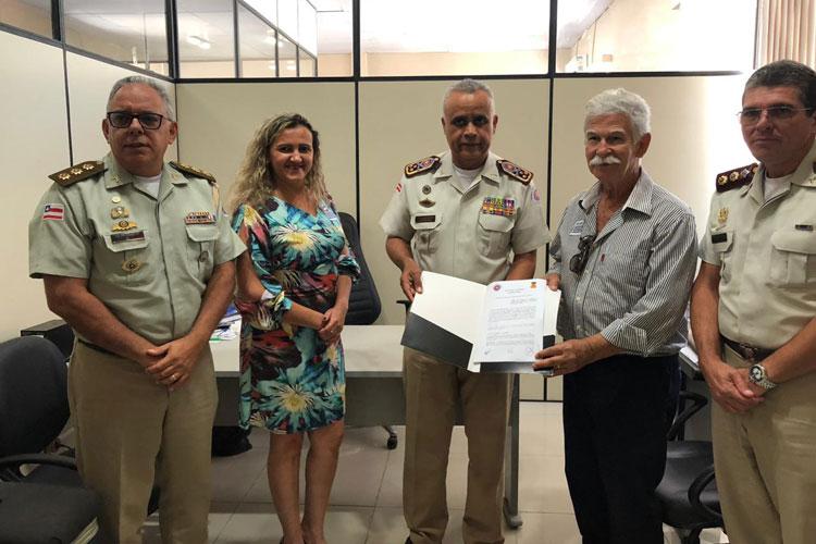 Brumado: Prefeito assina termo de cooperação com a PM-BA para implantação do ensino militar