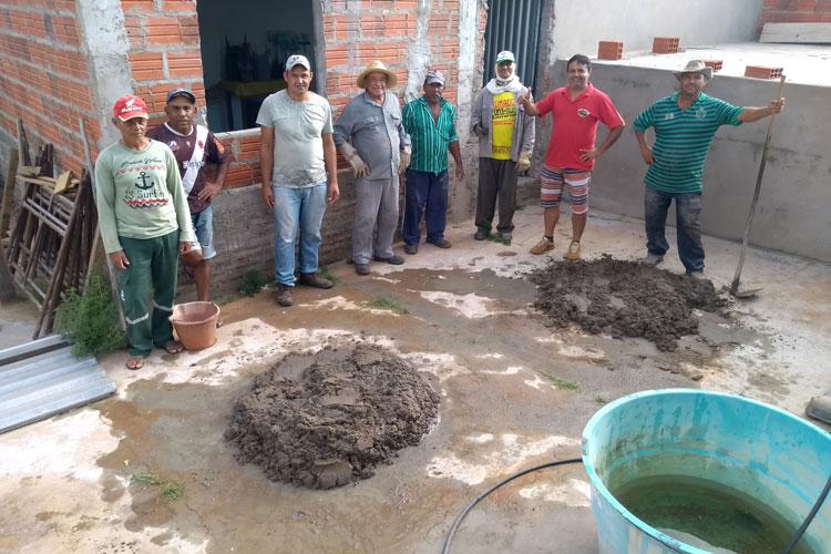 Brumado: Mutirão voluntário constrói sede própria da Associação de Moradores do Campo Seco