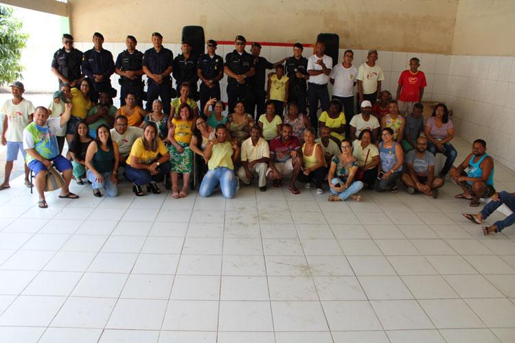 Brumado: Missão Azul Solidária da GCM leva conforto aos assistidos do Caps