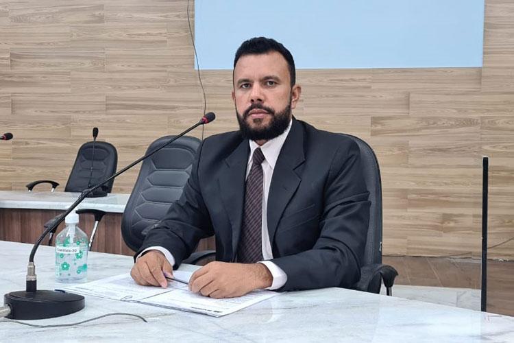 Brumado: 'Votar com consciência', diz vereador ao cobrar respostas sobre projeto de hospital particular
