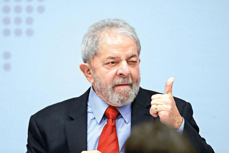 STF libera Lula para conceder entrevista na prisão
