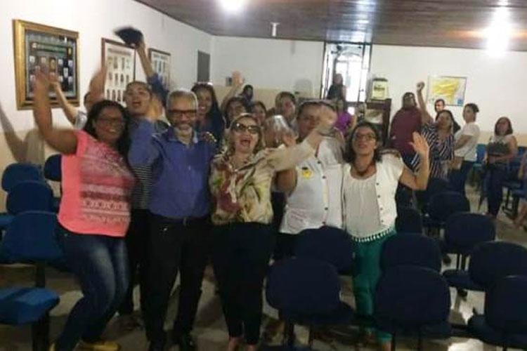 Professores municipais de Iramaia iniciam paralisação nesta terça-feira (21)
