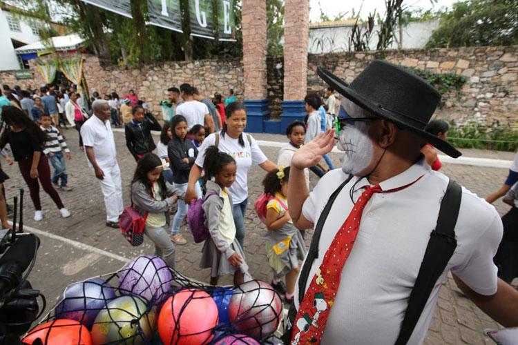 Mucugê: Feira Literária aquece comércio e injeta R$ 10 milhões na economia local
