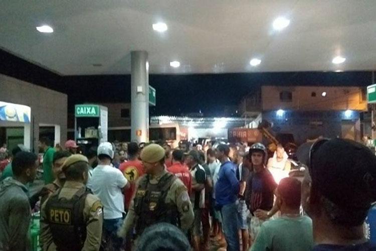 Manifestantes impedem que posto de combustível fosse reabastecido  em Livramento de Nossa Senhora