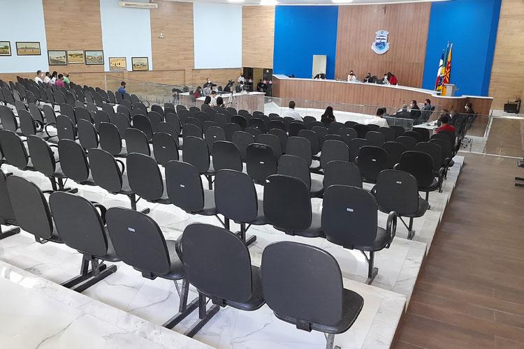 Vereadores solicitam eleição de presidente na Câmara de Brumado pela vacância do cargo