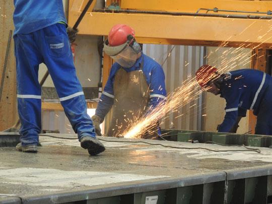Resultado de imagem para Produção industrial na Bahia r